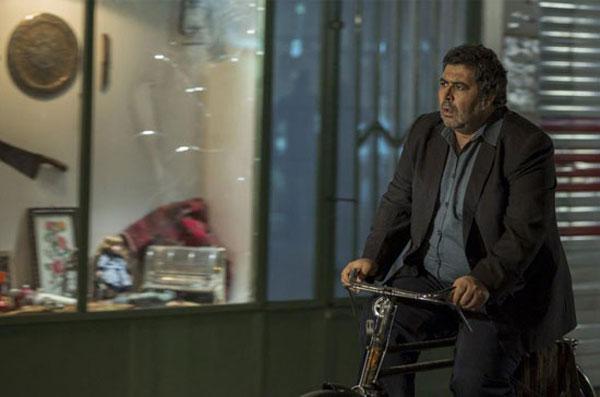 فرهاد اصلانی در فیلم جن زیبا