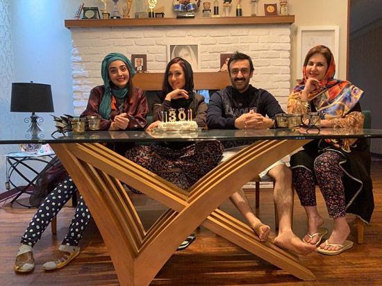 فاطمه گودرزی در کنار خانواده