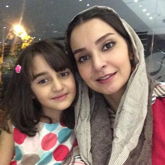 مهدیه نساج همسر سامرند معروفی و دخترش ملینا