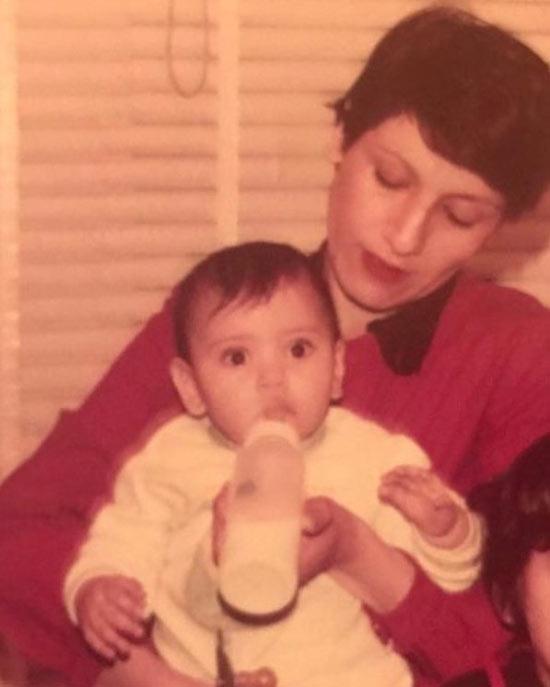 عکس قدیمی از مادر مارال فرجاد